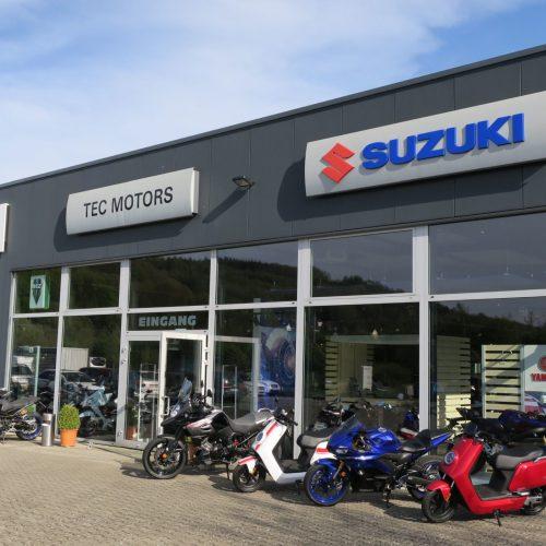 TecMotors-Suzuki-Yamaha-Niu-Autohaus-Marburg-Giessen-Kfz-Auto-Motorrad-4